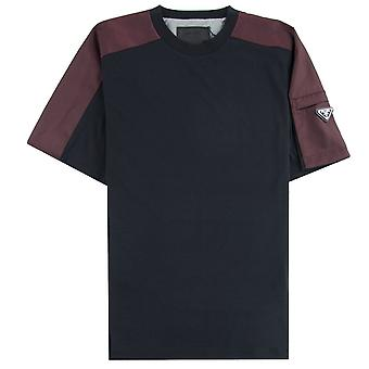 Prada Metal rinta nappi Jersey T-paita musta