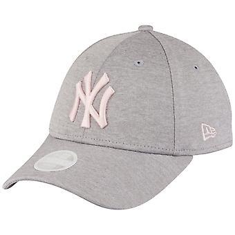 New Era Women's 9Forty Cap-SHADOW New York Yankees Grey