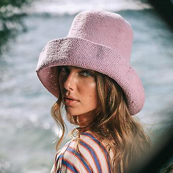 Zachte en welvormbare haak hoed
