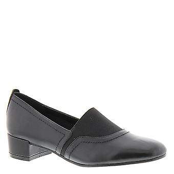 David Tate Womens Gianna Leather Closed Toe Loafers