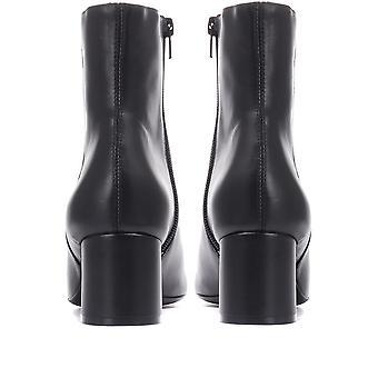 Jones 24-7 Womens Natalie Heeled Leather Ankle Boot