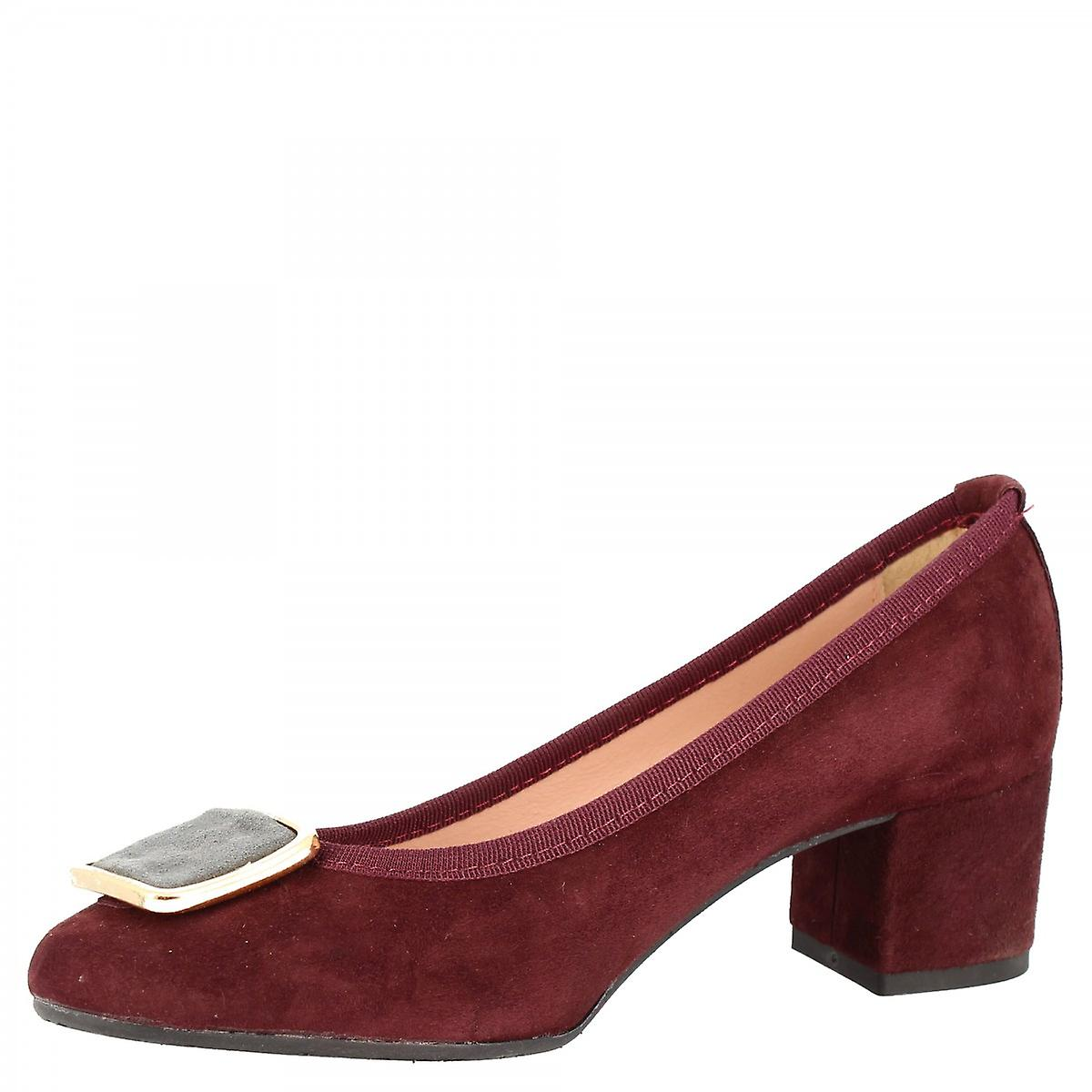 Leonardo Shoes Women's handmade mid heels pumps shoes in burgundy suede leather with buckle