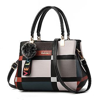 لون مطابقة المرأة & apos;ق حقيبة يد جلدية