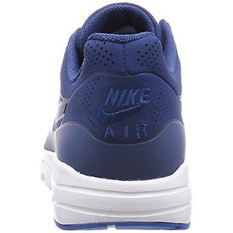 Nike | Fruugo