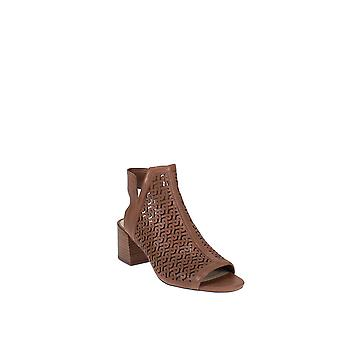 Vince Camuto | Sternat Cut-out Shooties