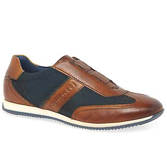 בוגאטי לשעבר גברים במשקל קל למשוך על נעליים