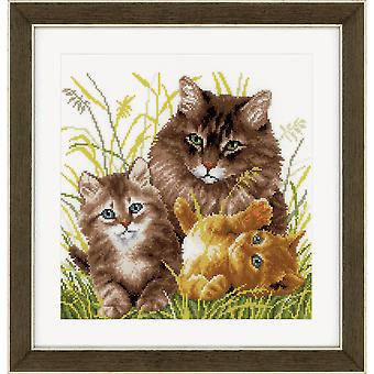 Vervaco Counted Cross Stitch Kit: Cat Family