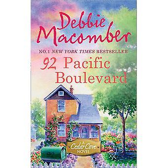 92 Pacific Boulevard av Debbie Macomber - 9780778304562 bok