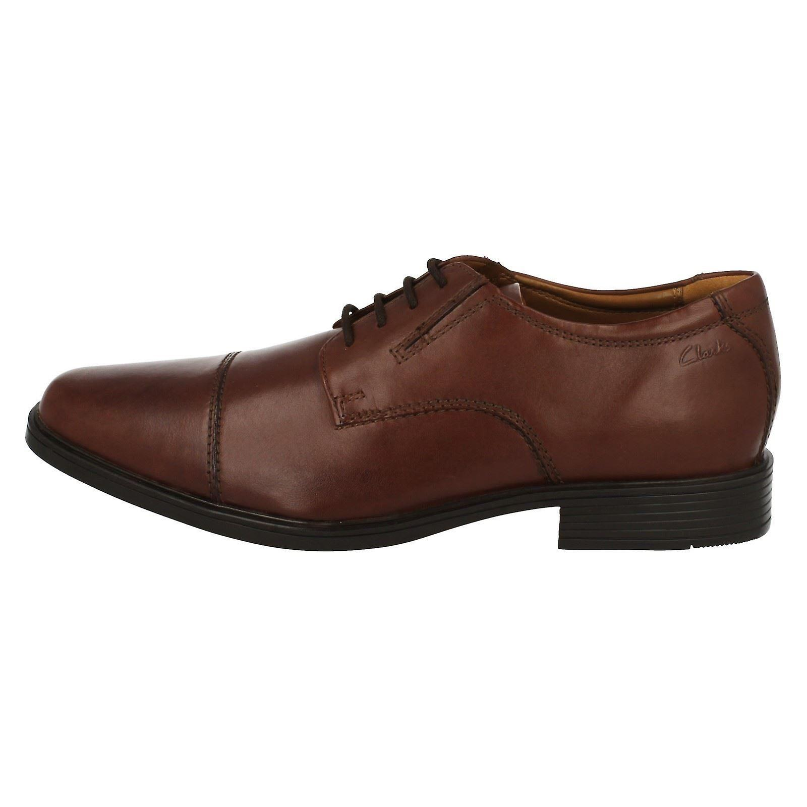 Mens TILDEN WALK dark tan leather lace up shoes by Clarks retail £58.99