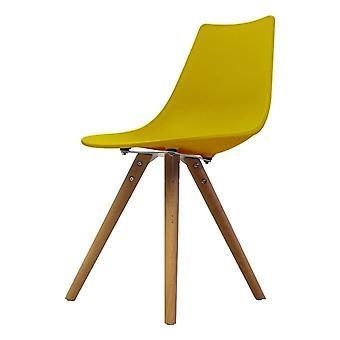 Fusion Living Iconic Senf Kunststoff Essstuhl mit hellen Holz Beine