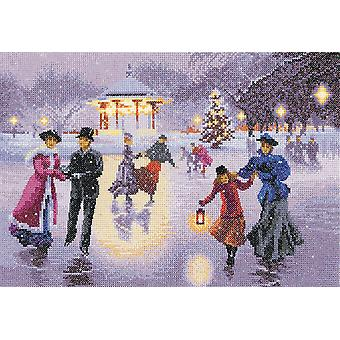 Heritage Crafts Cross Stitch Kit - Christmas Skaters (Evenweave)
