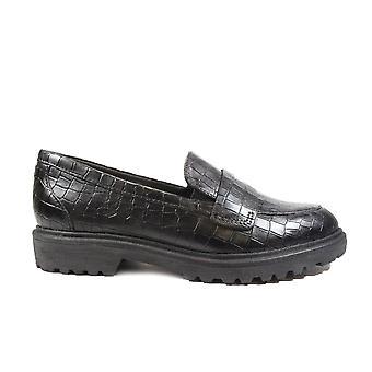 Tamaris 24702 Svart Croc Texturerat Läder Womens Slip På Loafer Skor