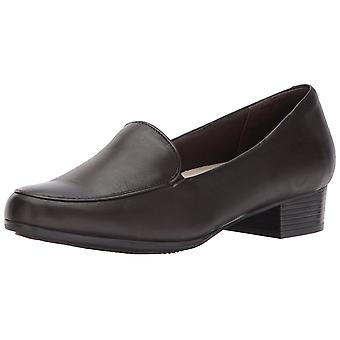Trotters Womens Monarch Leather Almond Toe Loafers