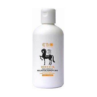 Bath and shower with Sweet Mare organic milk 250 ml