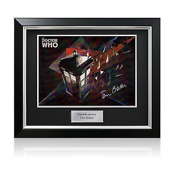 Tom Baker underskrev Dr. WHO TARDIS poster. I Deluxe frame