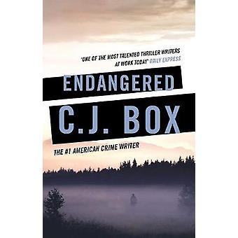 En peligro de extinción por la caja de C. J. - libro 9781788542777