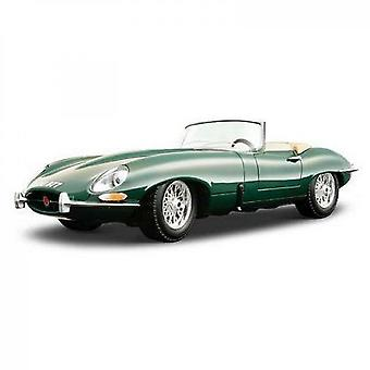 Burago Metal Car Jaguar Type E Cabriolet 1961 In 1 / 18th Scale