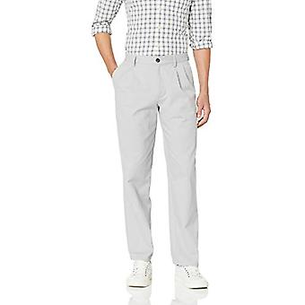 Essentials Men's Classic-Fit Rynke-Resistent Plisseret Chino Pant, Lig ...