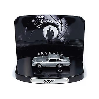 Aston Martin DB5 (With Diorama) from Skyfall