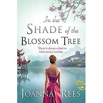 I skuggan av Blossom träd