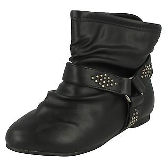 Ladies Spot On Flat Ankle Boot