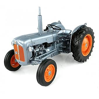 Fordson Dexta 60th Anniversary Launch Edition (1957) Diecast Model Tractor
