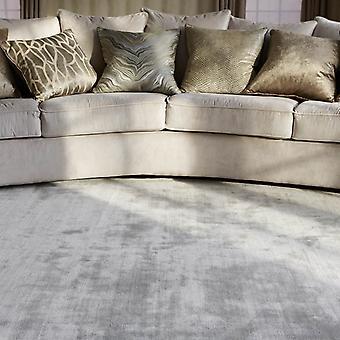 Katherine Carnaby Chrome tæppe i sølv