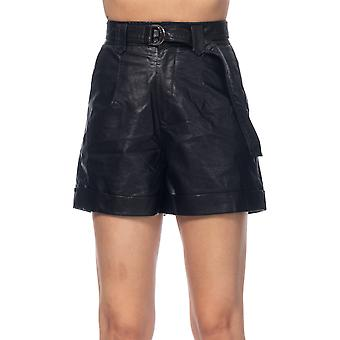 Short pu with  belt and pockets