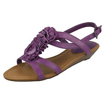Dames Clarks sandalen met kleine wig hak Santa Rock