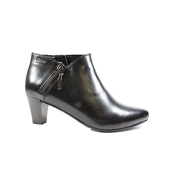 Tizian Leeds 03 Black Leather Womens Heeled Ankle Boots