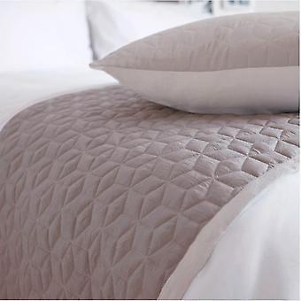 بيليدورم بنما مبطن سرير عداء