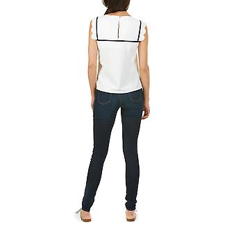 Sugarhill Boutique Off White Kirby CoquillE Detail Top