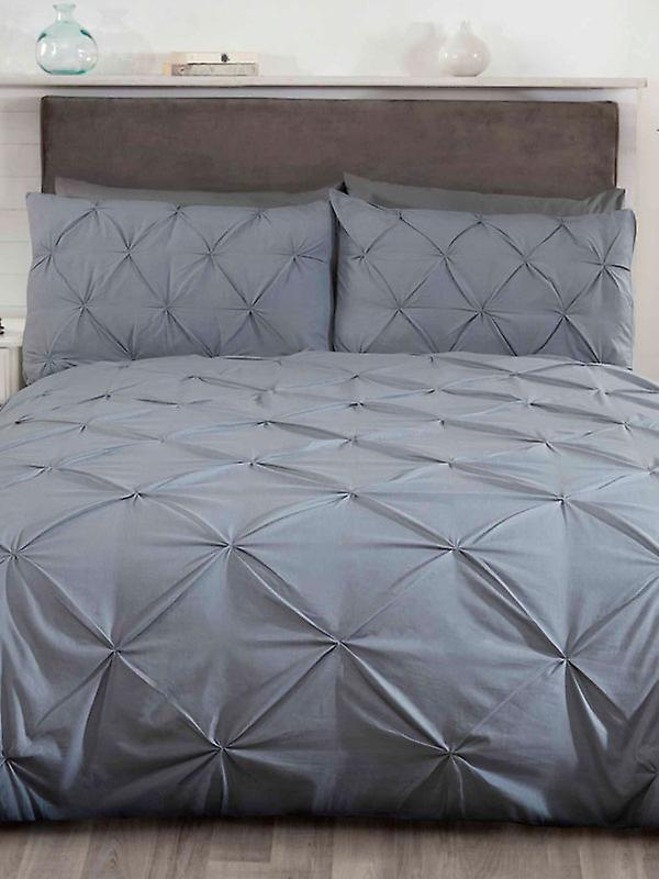 Balmoral Pin Tuck Duvet Cover and Pillowcase Set