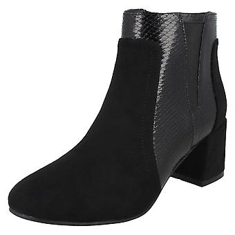 Ladies Spot On Chunky Heel Ankle Boots F51138