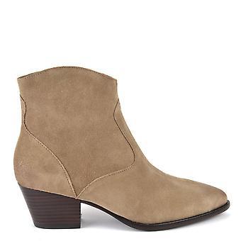 الرماد الأحذية هايدي بيس وايلد بفرشاة أحذية الكاحل
