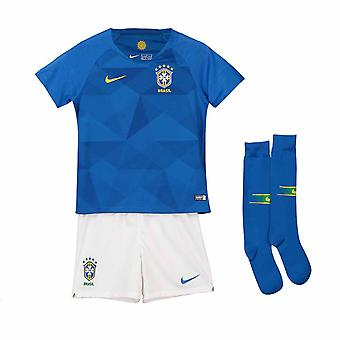 2018-2019 Brasile via Nike Little Boys Mini Kit