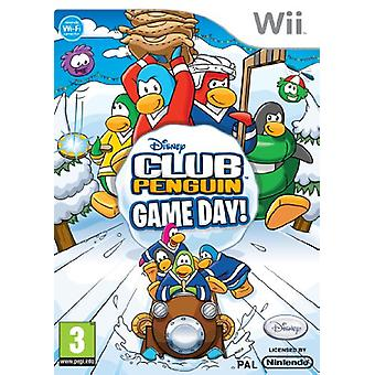 Club Penguin Game Day (Wii) - New