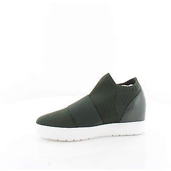 Aqua Womens Foxy Low Top Slip On Fashion Sneakers