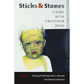 Palos y piedras - viven con incertidumbre guerras (edición comentada)