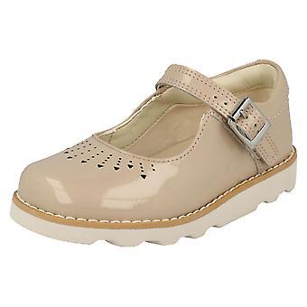 Mädchen-Clarks ausgeschnitten detaillierte Schuhe Krone Sprung