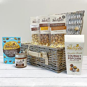 Chocoholic Gourmet Hamper (Chocoholic Hamper)