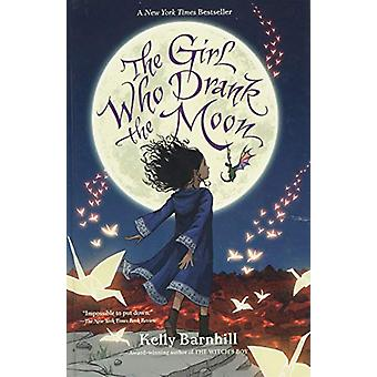The Girl Who Drank the Moon by Kelly Regan Barnhill - 9781432840938 B