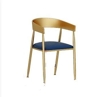 Teekaupan pöytä- ja tuoliyhdistelmä