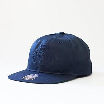 47 Merke Nhl Chicago Blackhawks Navy Team Logo Snapback Cap