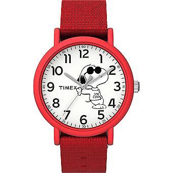 TW2T66000, Timex x Peanuts TW2T66000 Joe Cool Weekender 34mm Red Fabric Strap Watch