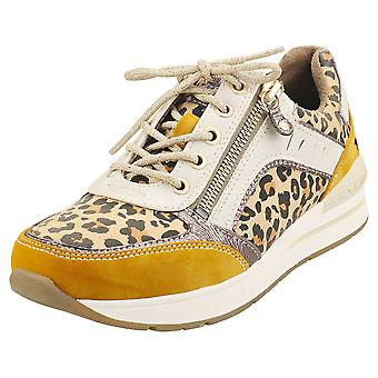 Mustang Low Top Side Zip Womens Fashion Trainers in Yellow