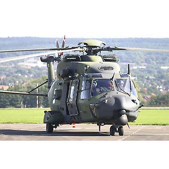 Hélicoptère de transport NH90 allemand Bückeburg Base aérienne Allemagne Poster Print