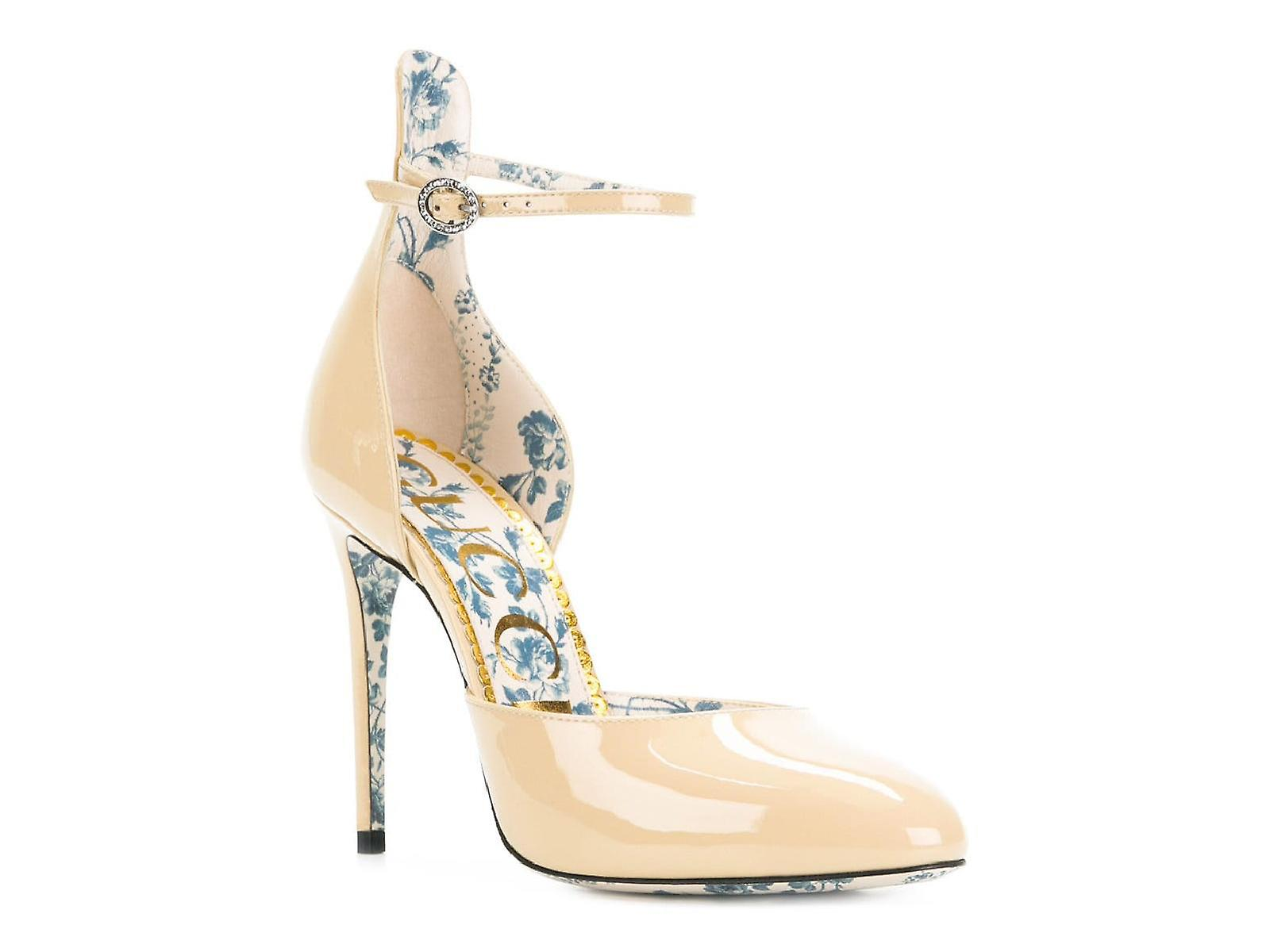 Gucci high heels pumps shoes in sand