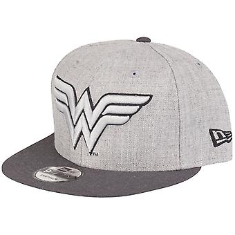 New Era 9Fifty Snapback DC Comics Cap - Wonder Woman