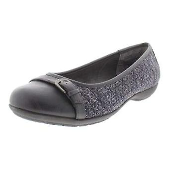 WHITE MOUNTAIN Sia Ballet Flats, Dark Brown